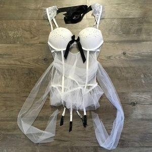 Victorias Secret Bridal Corset Bra White Bling 36C